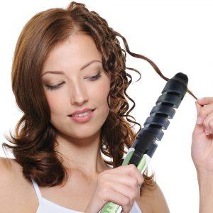 Come fare i capelli con piastra
