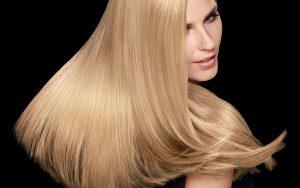 capelli con piastra in titanio